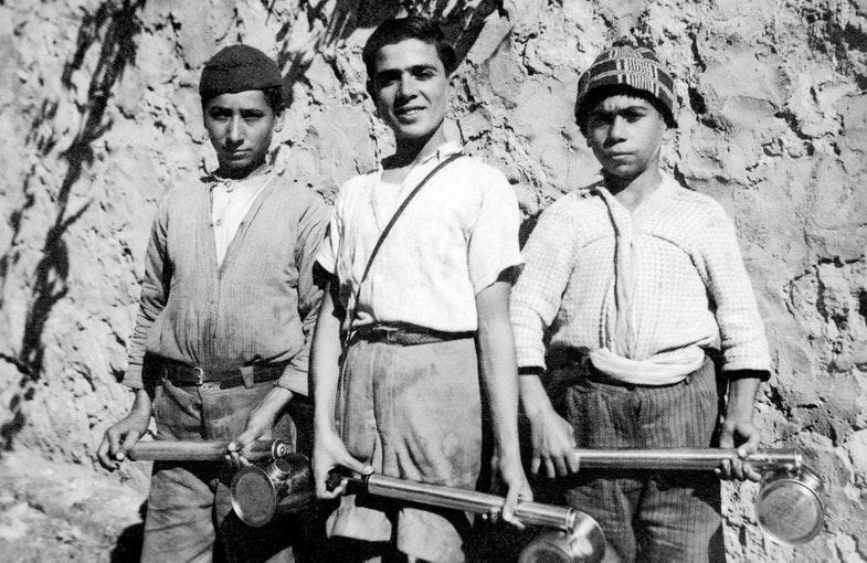 Борьба с малярией. Северный Ливан, Триполи, 1942 год.