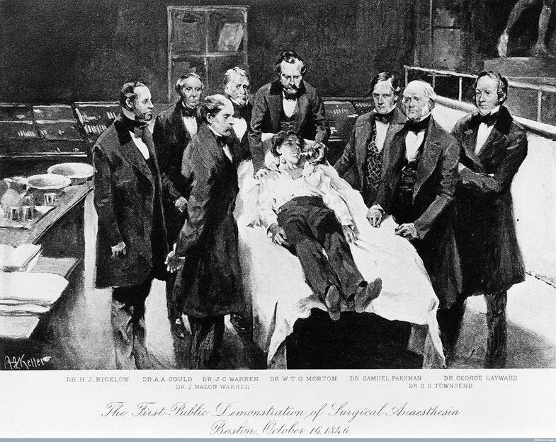Первая демонстрация хирургической анестезии при помощи эфира. Бостон, 16 октября 1846 года. Источник: Wellcome Library, London / Wellcome Images