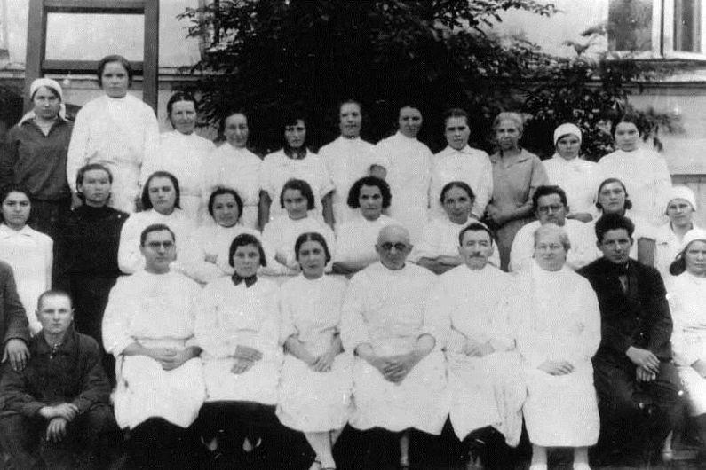 Коллектив 1-й Мозырской больницы (1934).