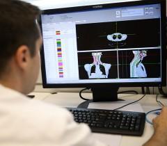 Google и Британский университет применят искусственный интеллект в лечение рака
