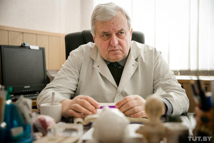 Доктор медицинских наук, профессор, заведующий кафедрой инфекционных болезней БГМУ, главный внештатный специалист Минздрава по инфекционным болезням Игорь Карпов